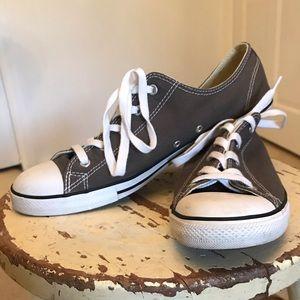 CONVERSE Ladies' Dainty Low Top Gray Sneaker